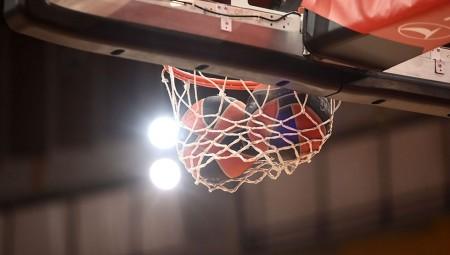 Γυμναστήριο α λα NBA ετοιμάζει ο Θρύλος (photo)