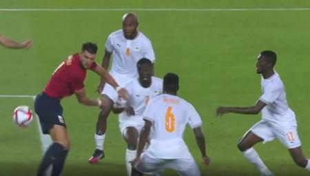 Απίθανη γκάφα της Ακτής Ελεφαντοστού στο 2-2 της Ισπανίας (video)