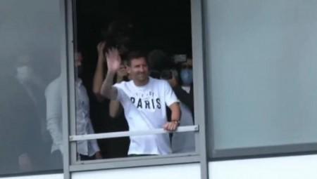 Στο Παρίσι ο Μέσι, τον ανακοινώνει η Παρί! (Videos)