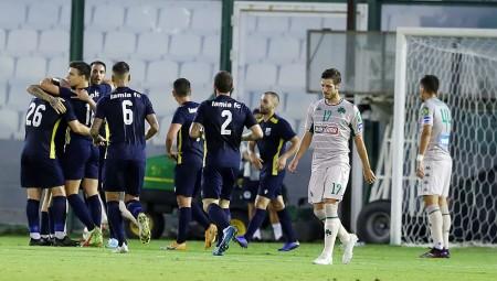 Ο «πρέσβης» έφαγε 16 γκολ σε 9 φιλικά, η άμυνα του Θρύλου τους φταίει…
