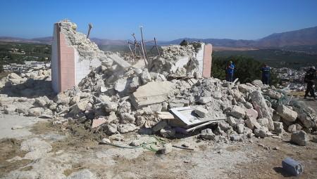 Σεισμός στην Κρήτη – Ένας νεκρός & δεκάδες ζημιές από τα 5.8 Ρίχτερ (video)