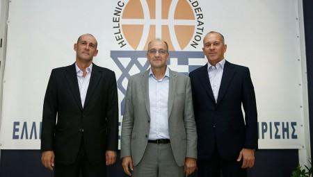 Οι Αγγελόπουλοι στην ΕΟΚ: «Για το ελληνικό μπάσκετ, όχι μόνο για τον Ολυμπιακό»