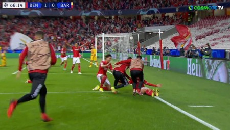 3-0 η Μπενφίκα! Διασυρμός της Μπαρτσελόνα στην Πορτογαλία (videos)