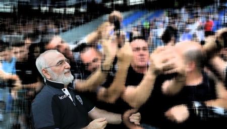 Ρωτάνε χύμα οι Παοκτζήδες: «Πόσα βγάλατε μαζί με τον δήμαρχο;»!! (photos)