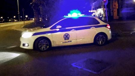 Αυτοκίνητο έπεσε πάνω σε μηχανή της ομάδας ΔΙΑΣ – Πυροβολισμοί από αστυνομικό! (video)