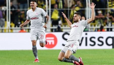 Ο τρομερός Μασούρας έγινε viral από την UEFA (video)