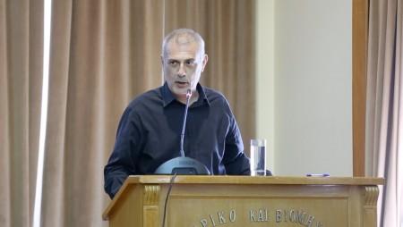 Μώραλης: «Κάνουμε πράξη την ανάπλαση στο Μικρολίμανο»