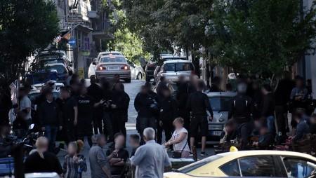 Μύθος! Πρώτα τους «έφεραν» στην Αθήνα και τώρα απαγορεύουν κάθε συνάθροιση!