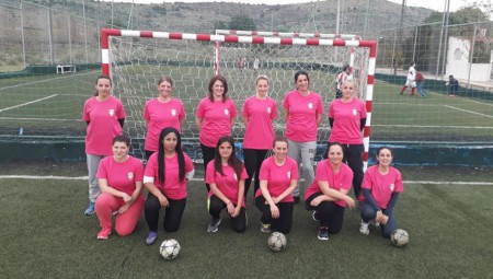 Ομάδα ποδοσφαίρου για μητέρες!