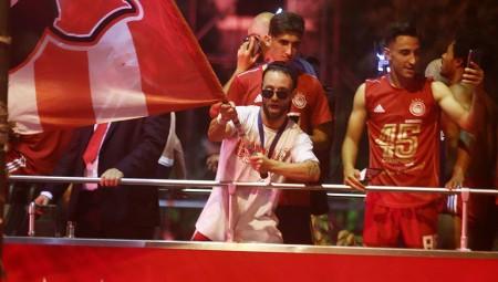 Βαλμπουενά: «Υπερβολικά περήφανος» και οι στίχοι από τον ύμνο του Ολυμπιακού!