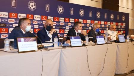 Δυσαρέσκεια των FIFA, UEFA για την κοροϊδία