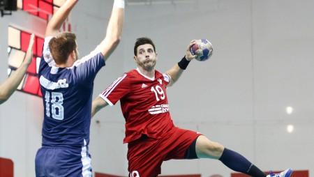 Στο νέο Ολυμπιακό δεν χωρούσε ο Αλβανός...