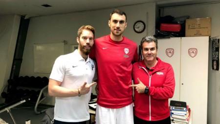 Ο Ολυμπιακός άλλαξε και πάλι τη... μόδα στα σέντερ!