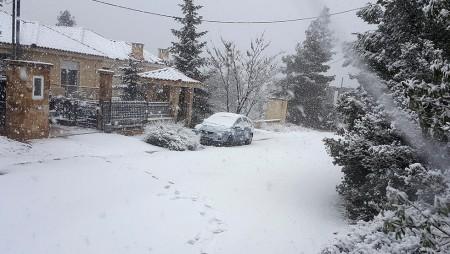 Σε λευκό «κλοιό» η Ελλάδα!