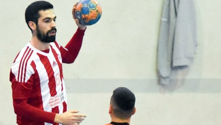 «Δύο νίκες με την ΑΕΚ και Κύπελλο!» (vid)