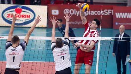 Ο Αλεξίεφ αποφασισμένος για τον πρώτο τελικό