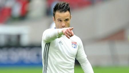 Το «France Football» για το συμβόλαιο του Βαλμπουενά…