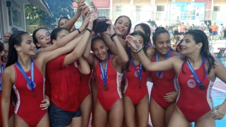 Πρωταθλήτριες οι Κορασίδες του Θρύλου! (pic, vid)