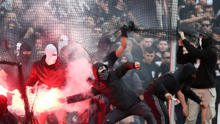 Αίσχος... Άνανδρη επίθεση χούλιγκαν του ΠΑΟΚ σε ματς Κ16 Σχολής του Ολυμπιακού...
