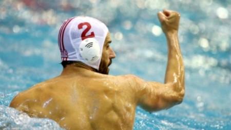 Κερδίζει τη Χίο, κάνει το «δύο στα δύο»