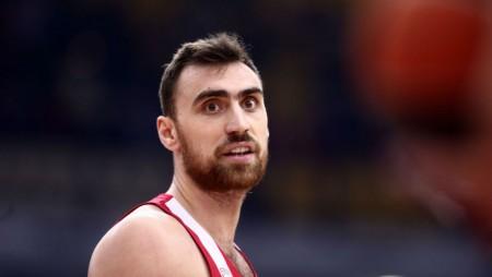 Χωρίς Μιλουτίνοφ ο Ολυμπιακός στην Ισπανία…