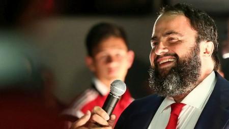 Βετεράνοι: «Ο Βαγγέλης Μαρινάκης κρατά ψηλά τη σημαία του Ολυμπιακού»