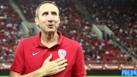 Μπλατ: «Ο Μπαρτζώκας θα κάνει μεγάλα πράγματα στον Ολυμπιακό»