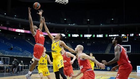 Βαλένθια-Ολυμπιακός 79-88 (Τελικό)