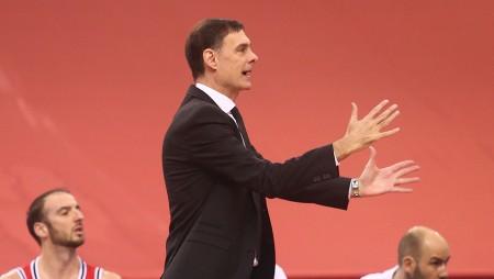 Ο Μπαρτζώκας σχεδιάζει ήδη τον καινούργιο Ολυμπιακό και η ατάκα του! (video)