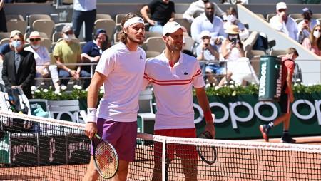 Roland Garros | Τσιτσιπάς: Μείωσε σε 2-1 σετ ο Τζόκοβιτς (videos)