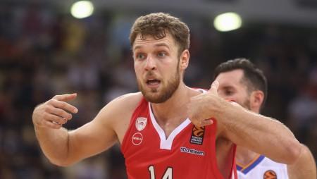 MVP και πάλι ο Βεζένκοβ (photo)