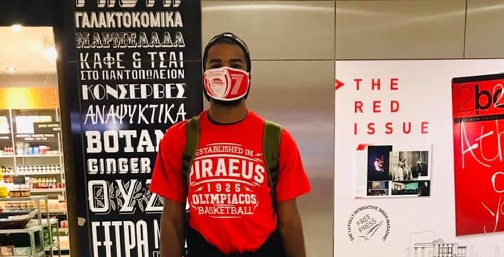 'Ααρον Χάρισον: «Ό,τι μπορώ για να κερδίζει ο Ολυμπιακός» (video)