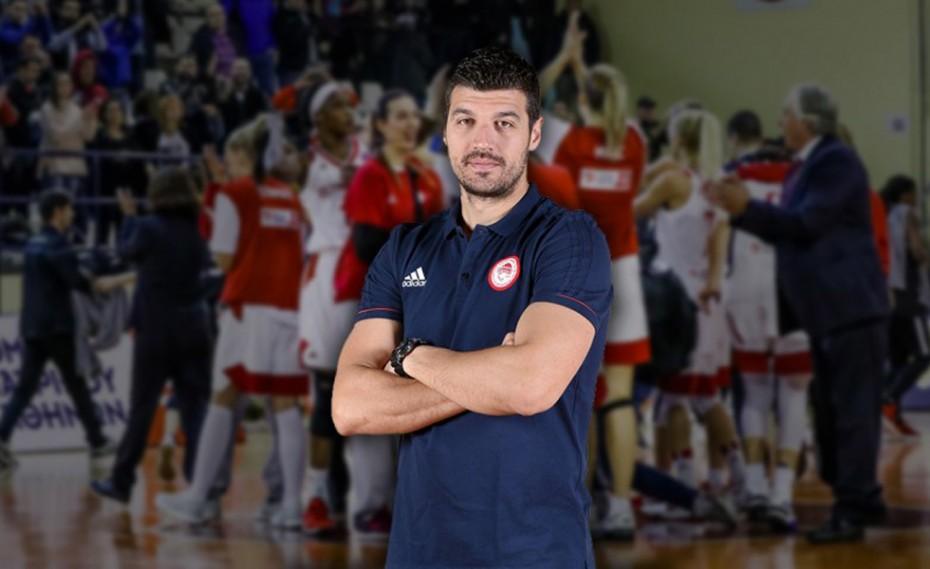 Πρώτος προπονητής ο Παντελάκης
