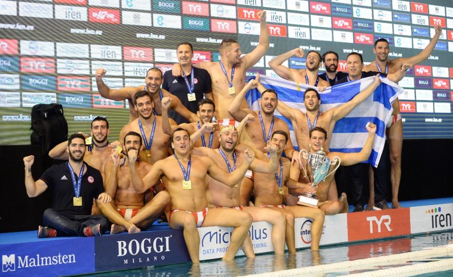 Ο Ολυμπιακός κρατάει ψηλά τη σημαία της Ελλάδας στην Ευρώπη!