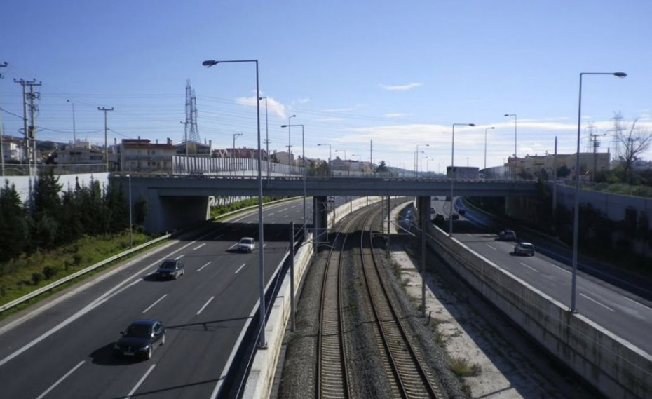 Κυκλοφοριακό έμφραγμα στην Αττική Οδό μετά από καραμπόλα