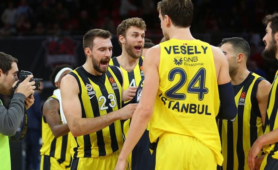 Έμεινε Τουρκία ο Βέσελι