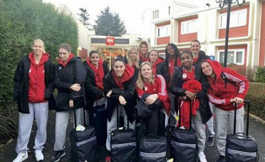 Στη Γαλλία τα κορίτσια του Θρύλου!