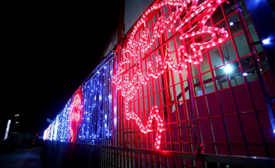 Στο πνεύμα των Χριστουγέννων και ο Ναός! (pics)