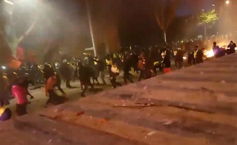 Έκρυθμη η κατάσταση στο Παρίσι