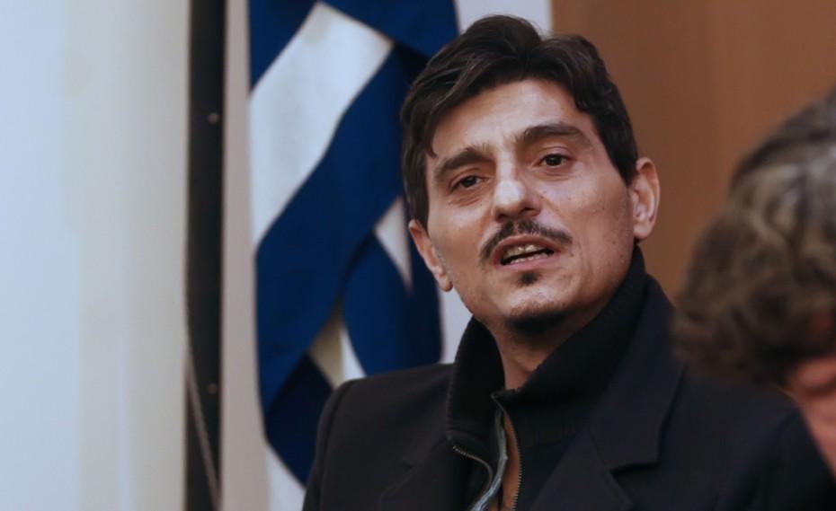 Ο Γιαννακόπουλος έφτυσε τον Σκινδήλια, και αποχώρησε λέγοντας «θα τα πούμε…»