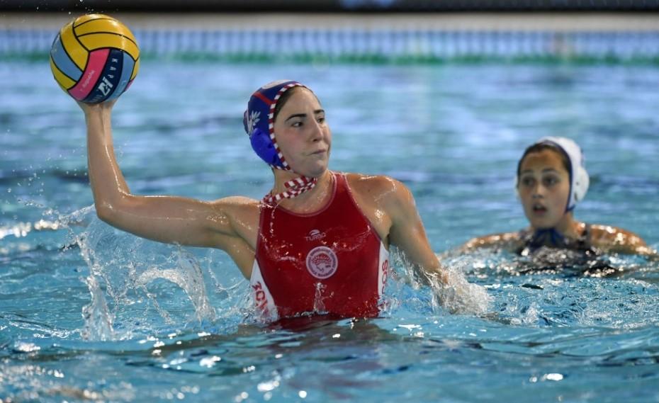 «Περήφανη που παίζω στον Ολυμπιακό» (pic)