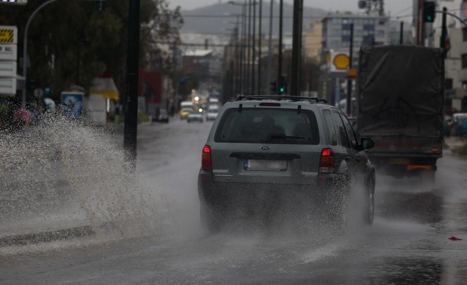 Καταιγίδες και χαλαζοπτώσεις στην Αττική