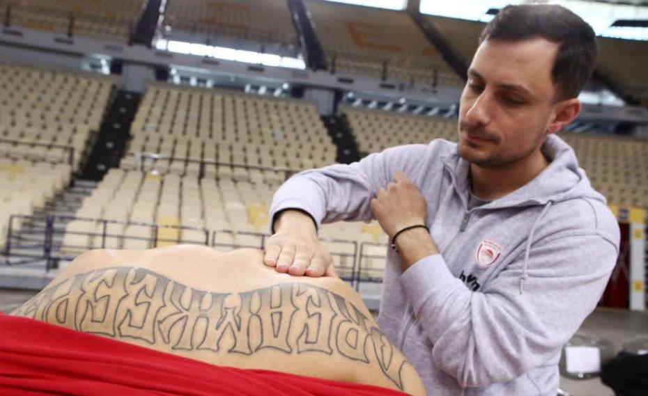 «Κλικ» από την προπόνηση του Ολυμπιακού πριν την Νταρουσάφακα