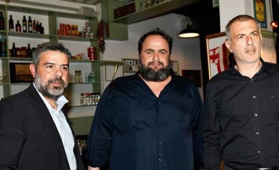 Μαρινάκης και Μώραλης στην εκδήλωση του Μύρωνα Σπιθάκη στον Πειραιά