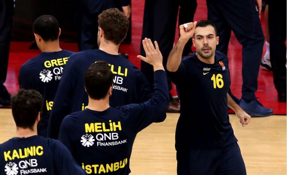 Όλα για όλα ο Ολυμπιακός για Σλούκα!