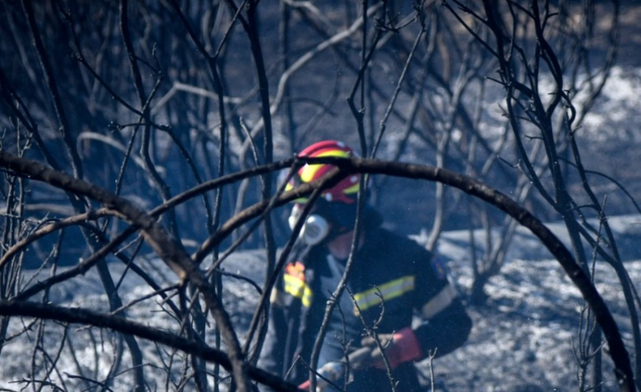 «Πύρινος κλοιός» στην Ελλάδα, 63 πυρκαγιές σε ένα 24ωρο!