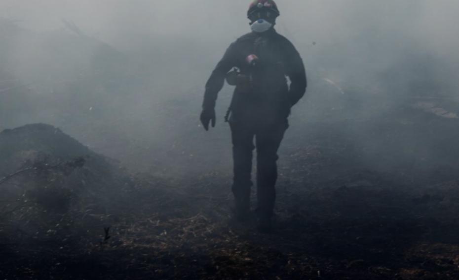 Πυρκαγιά στην Εύβοια: Δεύτερη νύχτα αγωνίας για τους κατοίκους