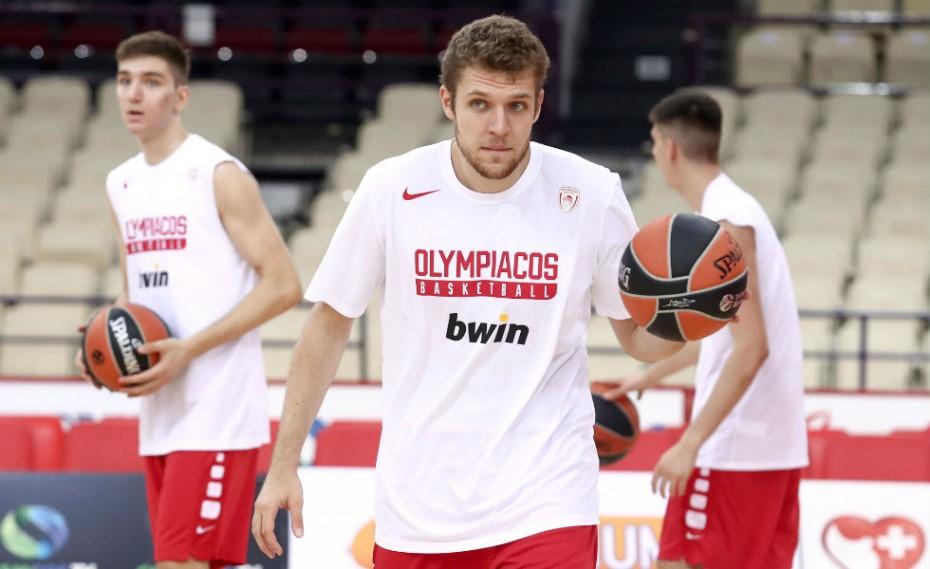 Ενσωματώνεται την Πέμπτη ο Βεζένκοφ στην προετοιμασία του Ολυμπιακού!