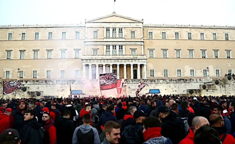 Η Αθήνα στα... κόκκινα! (video)