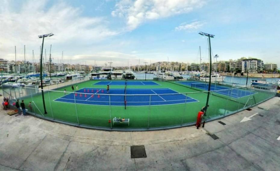 «Τένις με φόντο τη θάλασσα του Πειραιά!» (video)